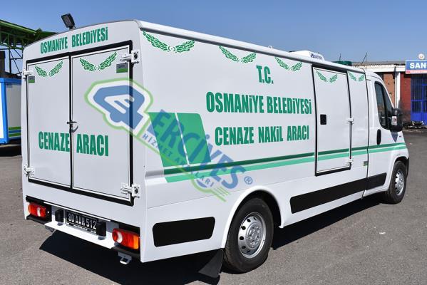 Osmaniye Belediyesi'ne Cenaze Nakil Aracı Verilmiştir